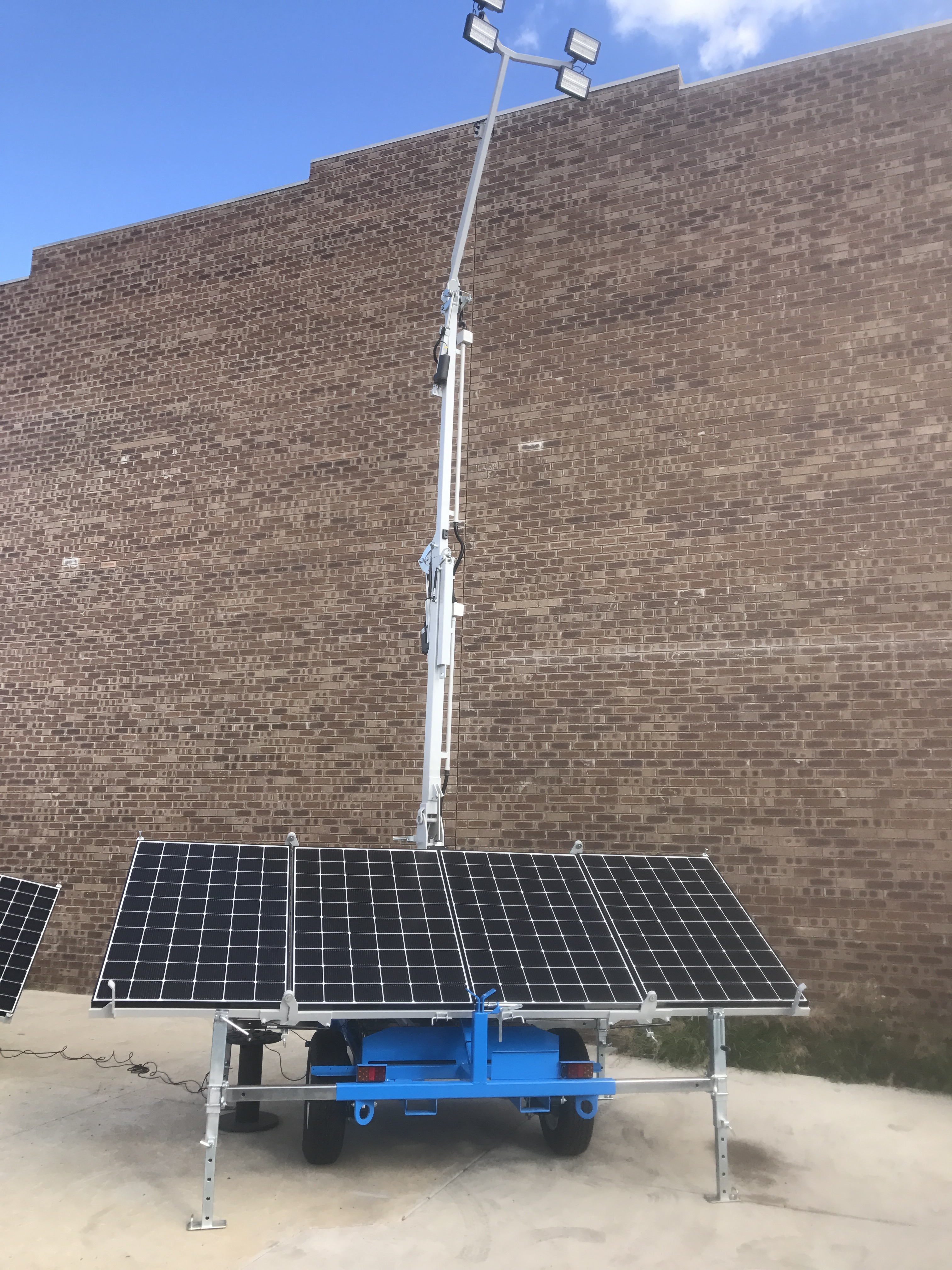 Make a Hire Enquiry! 320W Solar Lighting Tower : lighting towers perth - azcodes.com